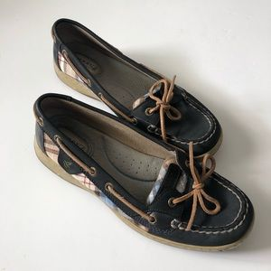 Sperrys! Navy blue and plaid! SZ 7.5!